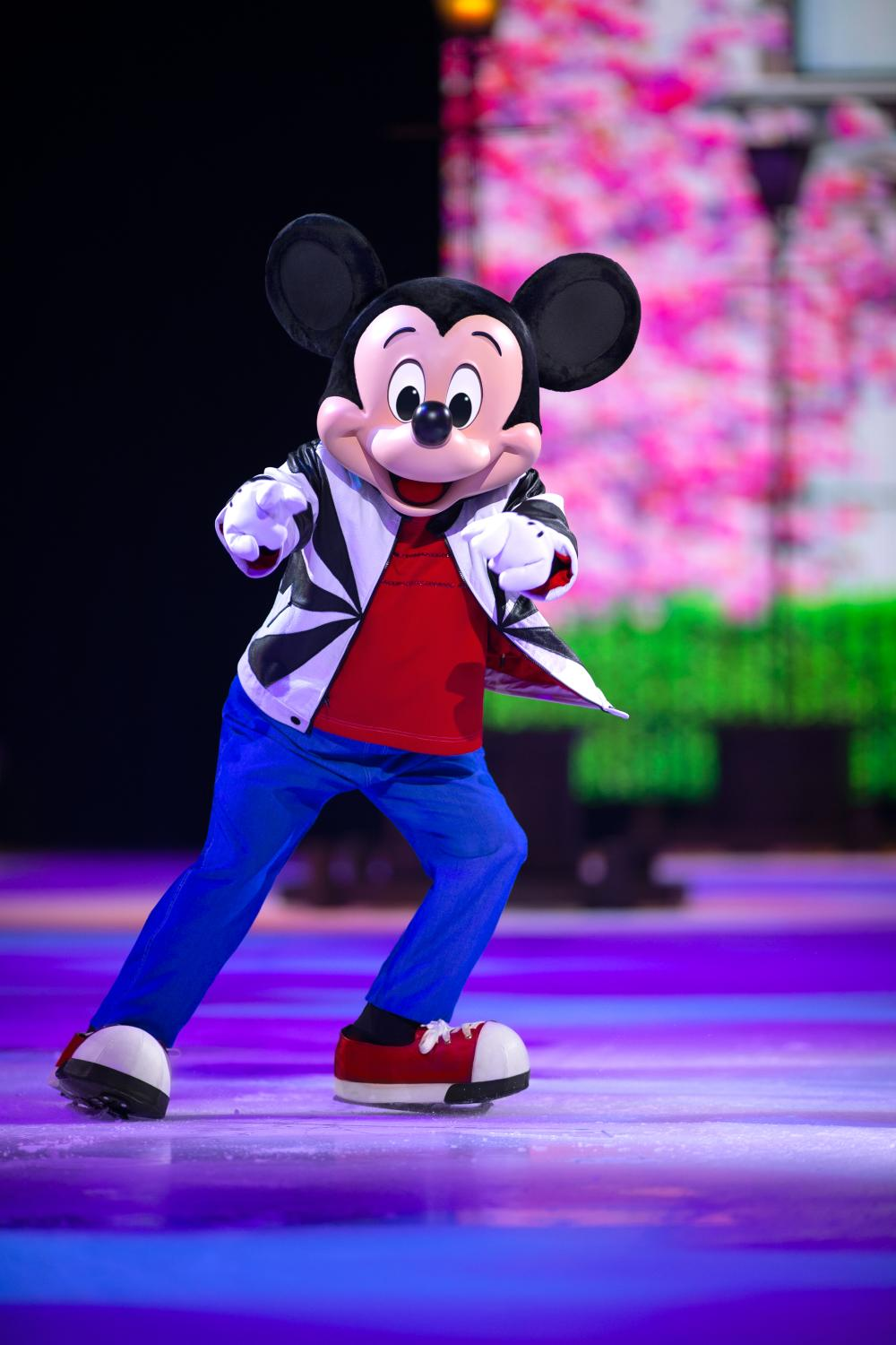Mickey Mouse dancing on ice