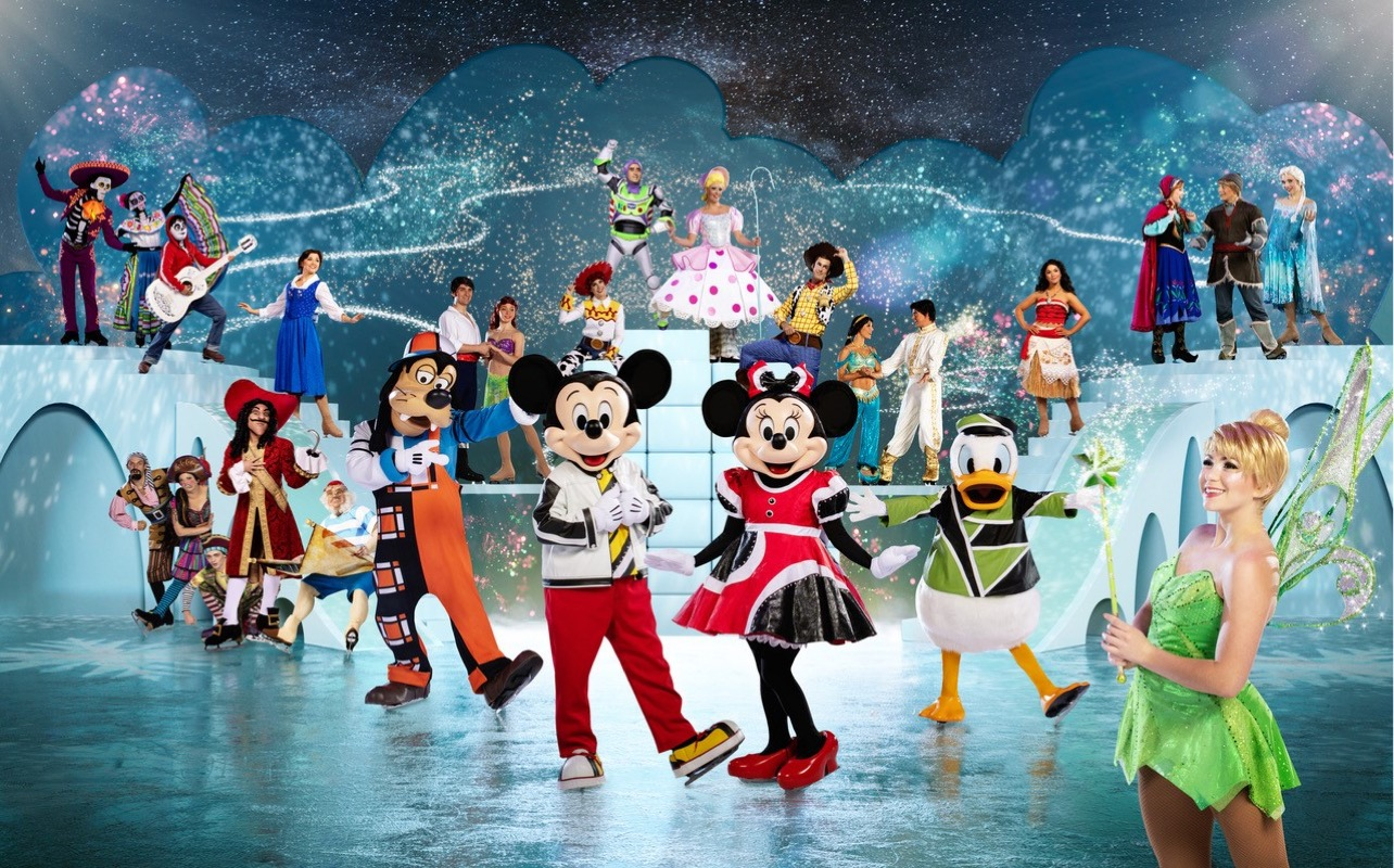 Disney's Full cast of characters for 35th Anniversary Celebration Japan